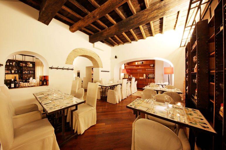 restaurant rome ferrara